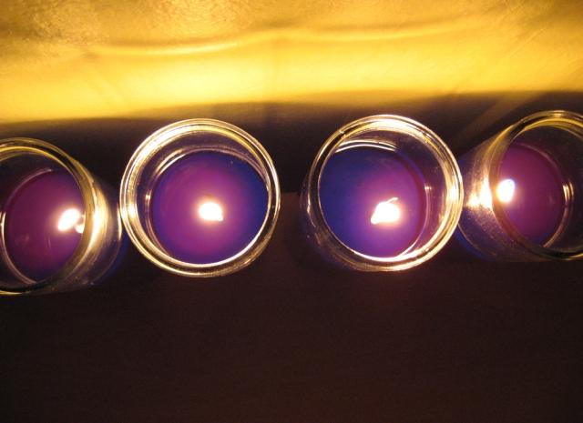 Violet Light Orbs: image 0649 © Catherine Rutgers